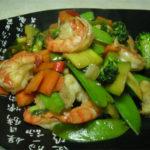 Revuelto de verduras con gambas – Rau xanh toi xao –