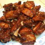 Costillas de cerdo con salsa de soja y vinagre dulce