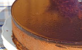Semifrío de chocolate con avellanas