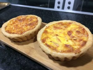 Quiche de pavo, tomate y queso
