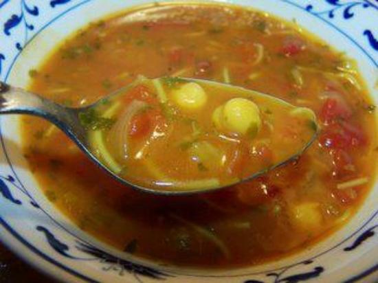 Harira (sopa de lentejas y carne)
