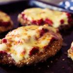 Hamburguesas de pollo en salsa Parmigiana