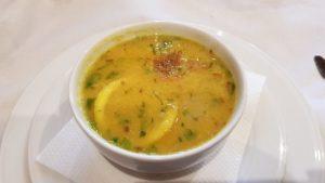 Sopa de lentejas con chirivías y zanahorias