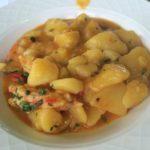 Guiso de patatas con gambones