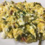 Acelgas y ajetes con huevos