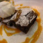 Brownie con crema de pistachos